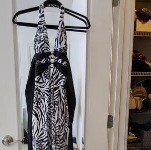 NWOT Zebra rose backless halter gown